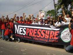 The Nestlé Indonesia Workers Union – Panjang, a member of the IUF, waged a successful two-year campaign for the right to negotiate wages, despite the company's intense pressure on union members and their families. The IUF has been campaigning against Nestlé's policy of wiping out permanent jobs and replacing them with outsourced and subcontracted work, and its refusal to accept the IUF as a valid interlocutor representing workers before the company globally. The IUF's New Zealand local, on the other hand, has developed a co-operative relationship with Fonterra, formalised in a framework agreement regulating labour relations in the company signed in 2002 between Fonterra, the IUF and  the New Zealand Dairy Workers' Union (NZDWU). So what happens when Fonterra and Nestlé come together, as they have in Latin America under their Dairy Partners of America joint venture? According to NZDWU Secretary General James Ritchie, Fonterra acts like any other transnational corporation when it comes to its overseas operations, and his union has been unable to get the cooperative to move ahead with the implementation of its framework overseas. For more information see the website of the IUF (www.iuf.org) or the website it created, NestleWatch (www.iuf.org/cms/). (Photo: IUF)